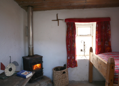 The bothy - separate twin bedded room